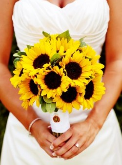 Sunflower-Wedding-Bouquet-16